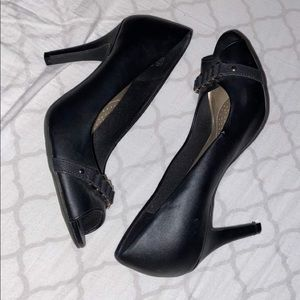 open toe dexflex comfort pumps